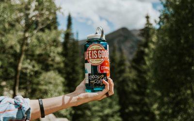 Die besten Trinkflaschen, Thermoskannen und Wasserträger für Reisen und Outdoor Abenteuer